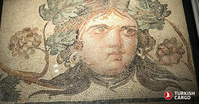 Türk Hava Yolları, Çingene Kızı Mozaiği'nin Amerika'da Bulunan Eksik Parçalarını Ait Olduğu Topraklara Geri Getirdi