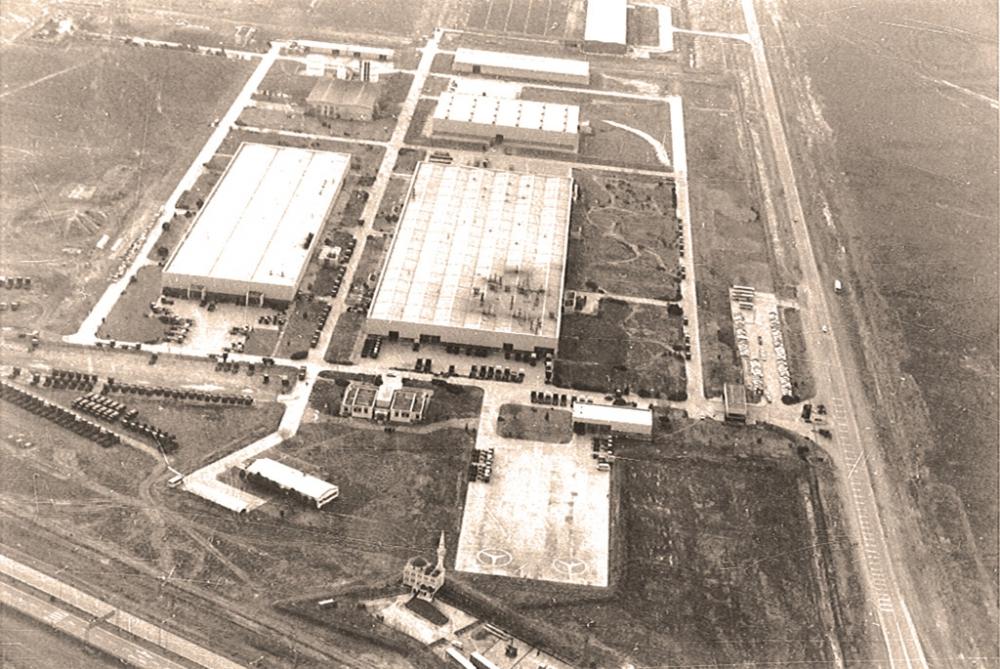 Mercedes Aksaray Kamyon Fabrikası 30'uncu Yılını Kutluyor galerisi resim 2