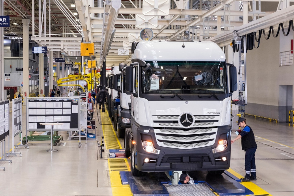 Mercedes Aksaray Kamyon Fabrikası 30'uncu Yılını Kutluyor galerisi resim 4