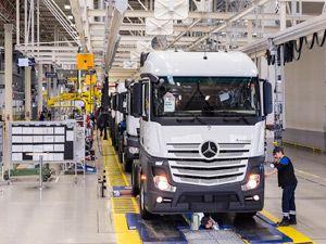 Mercedes Aksaray Kamyon Fabrikası 30'uncu Yılını Kutluyor