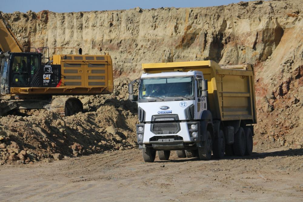 Orkun Grup Ford Trucks'ın Havalimanı İnşaatına Özel Araçlarıyla Taşıma R galerisi resim 1