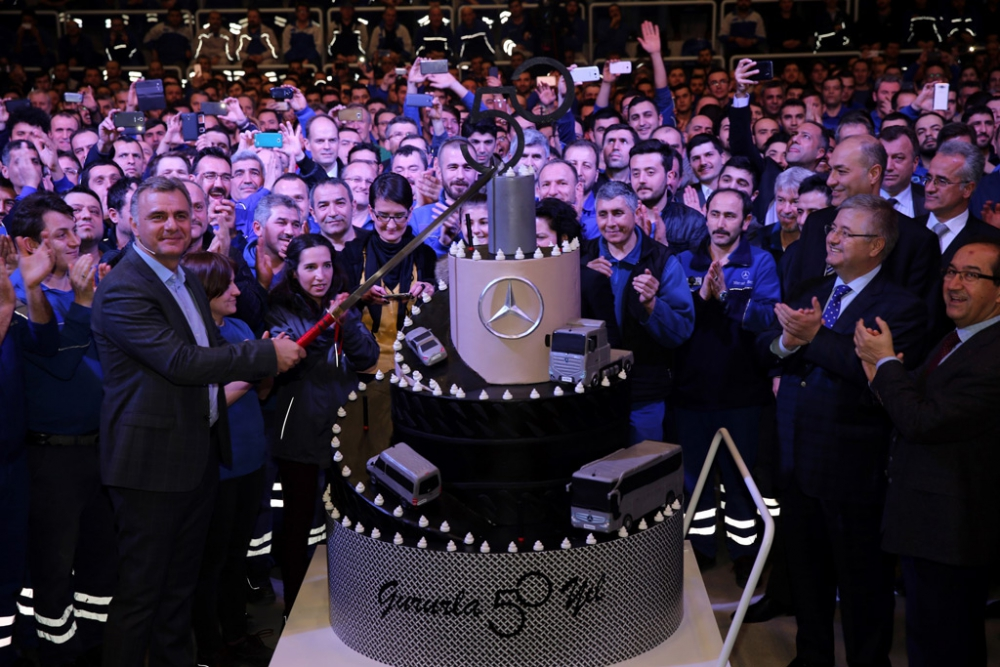 Mercedes-Benz Türk 50'nci Yılını Kutladı galerisi resim 3