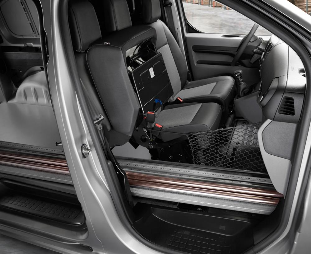 Peugeot'un Yeni Hafif Ticari Araçı Expert Türkiye'de galerisi resim 7