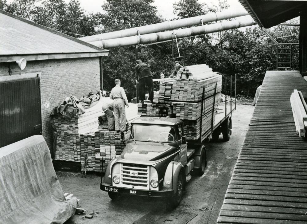 Atölyeden Dünya Devine DAF Trucks 90 Yaşında galerisi resim 18