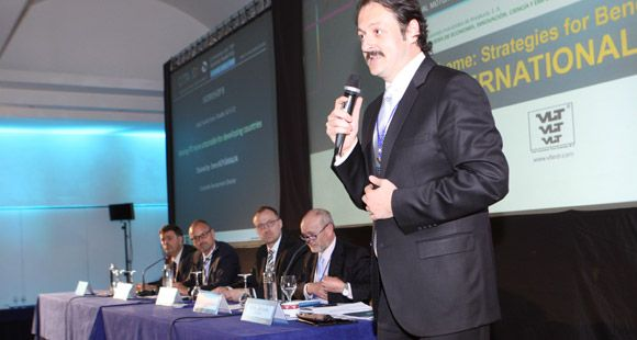 TÜVTÜRK CITA Toplantısında Türkiye'deki Araç Muayene Sürecini Anlattı