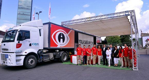 Çoğunluğu Galatasaraylı Olan Uzunyol Şoförleri En Çok Tatlıses'i Dinliyor
