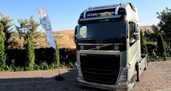 Yeni Volvo FH Türkiye'de Tanıtım Turunda