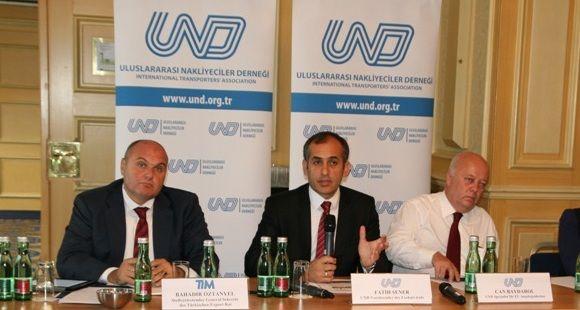 UND Türk Taşımacısının 25 Bin Transit Geçiş Hakkını İstiyor