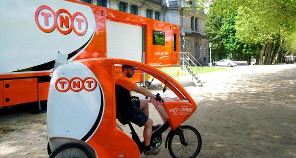 TNT Ekspres Brüksel'de İlk Mobil Deposunu Hizmete Aldı