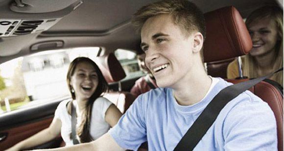 Genç Sürücüler Kötü Sürüş Alışkanlıklarını Ailelerini Rol Model Alarak Öğreniyor