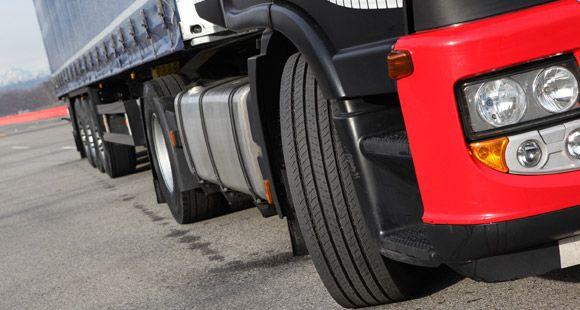 Pirelli M+S İbareli ST01 Treyler Lastiği İle Yönetmeliğe Hazır