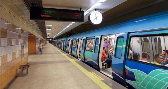 Raylı Sistem 2013'te Yolcu Sayısını Yüzde 20 Artırdı