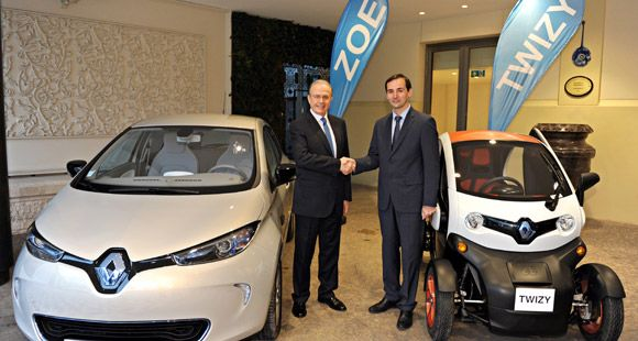 Renault Grubu 2013'te Satışlarını Yüzde 33 Oranında Arttırdı