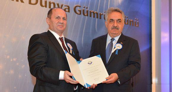 İGMD Başkanı Turhan Gündüz Liyakat Sertifikası Aldı
