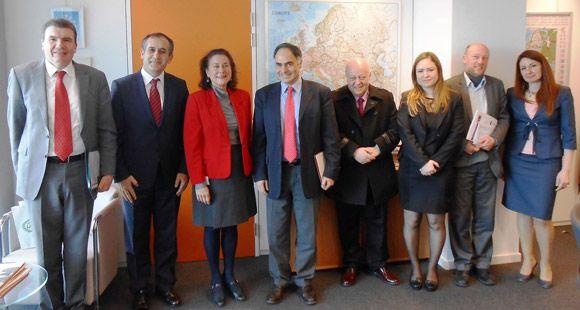 UND Avrupa Birliği İle Müzakerelere Başladı