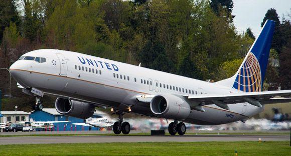 Boeing 8 Bininci 737 Serisi Uçağını Teslim Etti