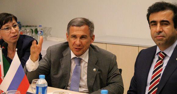 Tataristan Cumhurbaşkanı Koluman'ı Ziyaret Etti