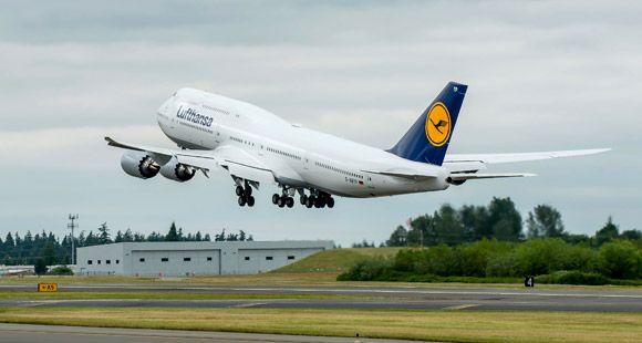 Boeing Bin 500'üncü 747'yi Teslim Etti