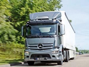 Mercedes-Benz Yeni Antos İle Ürünleri Adlandırma Felsefesini Değiştiriyor