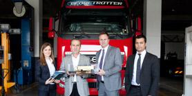 Türkiye'deki İlk Volvo Servis Kontratı'nı Enver Gül İmzaladı