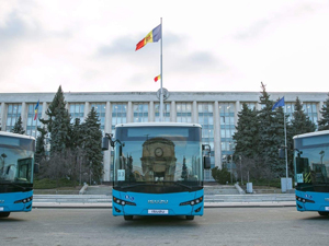 Isuzu Moldova Cumhuriyeti'ne 31 Adet Otobüs Teslim Etti