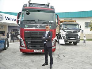 Volvo İzmir Mermer Fuarı'nda Kamyon ve Çekicilerini Sergiledi