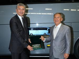 Tataristan Cumhurbaşkanı Mercedes-Benz Türk Fabrikası'nı Ziyaret Etti