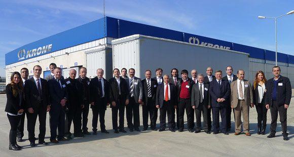 Krone Yetkili Satıcıları Tire Fabrikasını Ziyaret Etti