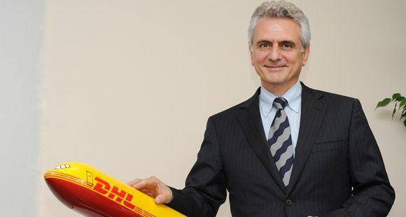 DHL Express Türkiye CEO'su Michel Akavi Bayrağı Markus Reckling'e Devrediyor