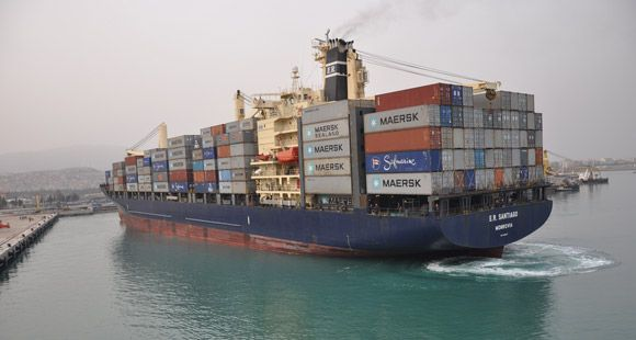 İskenderun Limanı'na İlk Konteyner Gemisi Yanaştı