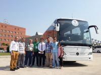 Mercedes-Benz Türk' den Engelli Sporculara 30 Otobüs