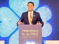 Ford Otosan'dan Çalışanlarına 'Altın İz Hizmet Ödülü'
