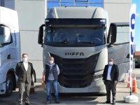 IVECO Otomotiv'den S-WAY Çekici Teslimatları