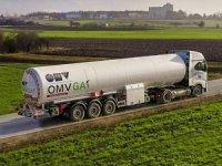 Iveco'dan OMV'ye 8 Adet LNG'li S-WAY Çekici Teslimatı