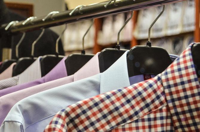 Ağustos ayının lideri 1 milyar 546 milyon dolarlık ihracat ile Hazır giyim sektörü olurken, 1 milyar 545 milyon dolar ihracat ile Otomotiv sektörü ikinci, 1 milyar 375 milyon dolar ihracat ile Kimyevi Maddeler üçüncü oldu.