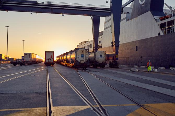 DFDS Akdeniz İş Birimi, primeRail Ortaklığı İle Köln'de Intermodal Taşımacılık Çö-zümleri Geliştirecek