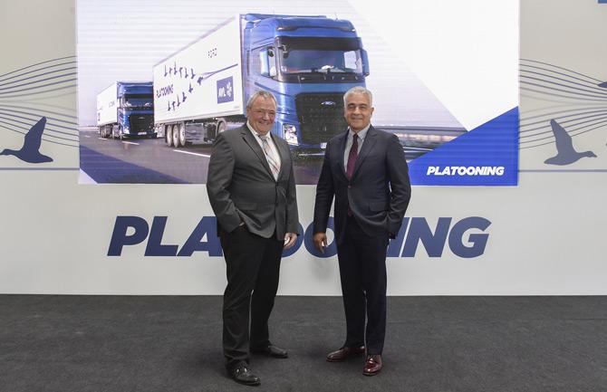 Ford Otosan Genel Müdür Yardımcısı Burak Gökçelik ve AVL Başkan Yardımcısı Rolf Dreisbach