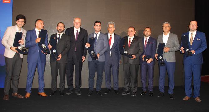 IRU Türkiye Ödülleri UND'nin Gecesinde Sahiplerini Buldu