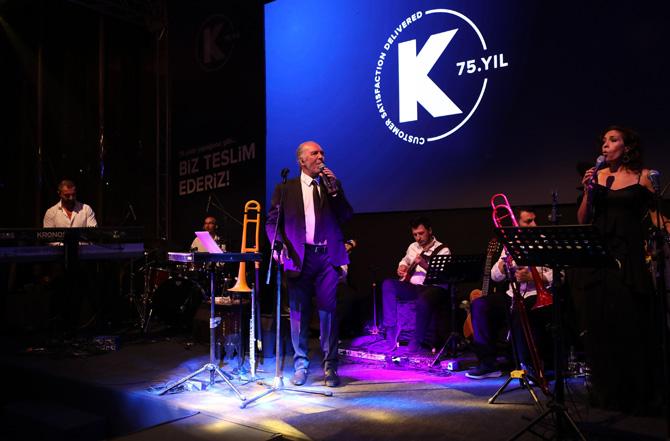 Fatih Erkoç'un canlı performansı