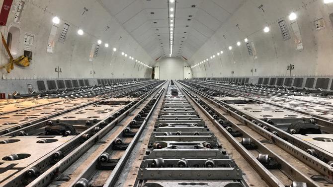 Global hava kargo pazarında önemli paya sahip olan Lufthansa Cargo, öncü konumunda olmak ve bunu sürdürülebilir kılmak için sadece çağın yeniliklerine ayak uydurmak değil, onları yönlendirmek üzere hareket ediyor.