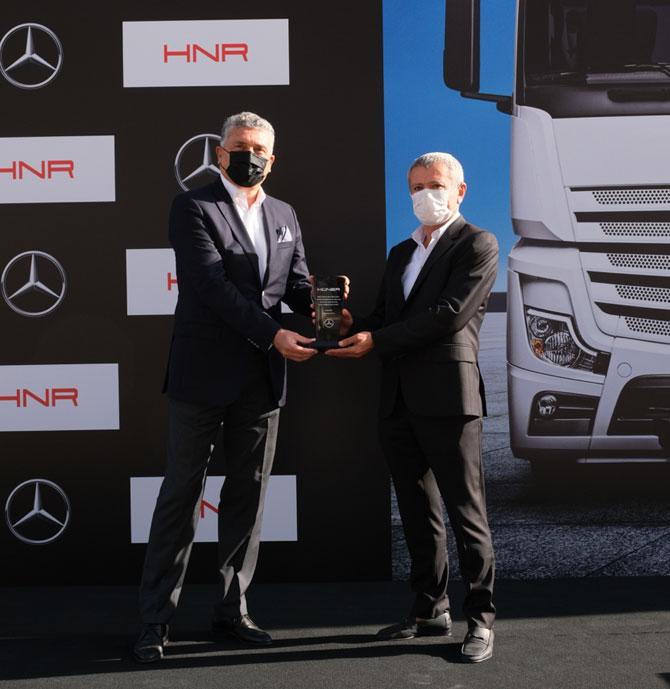 Mercedes-Benz Türk İcra Kurulu Başkanı Süer Sülün - Hüner Grup Yönetim Kurulu Başkanı İbrahim Hüner