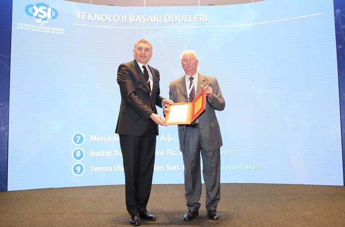 Mercedes-Benz Türk OSD Tarafından İki Büyük Ödüle Layık Görüldü