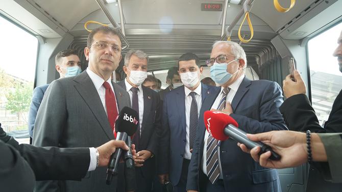 İstanbul'un 100 Yeni Otokar Metrobüsü İçin İmzalar Atıldı