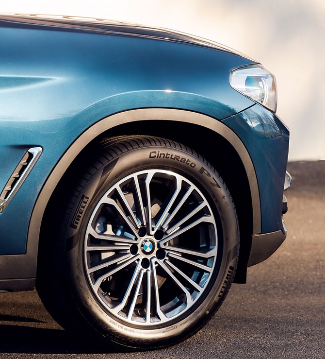 Pirelli'den Sıcaklık ve Yol Şartlarına Adapte Olabilen Akıllı Lastik