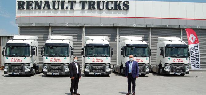Güneş Lojistik 25 Yıldır Renault Trucks'ı Tercih Ediyor