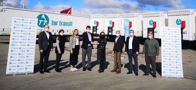 Tur Transit Ve Tırsan 40 Yıllık İş Birliklerini Güçlendirmeye Devam Ediyor