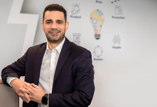 Zorlu Enerji Ticaret Direktoru İnanç Salman